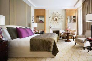 Corinthia hotel room