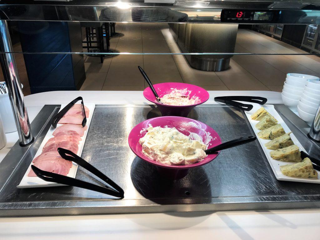 BA Club lounge Gatwick review meat buffet