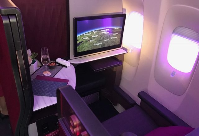 Qatar Airways Qsuites A350 900 Business Class Review In 360º