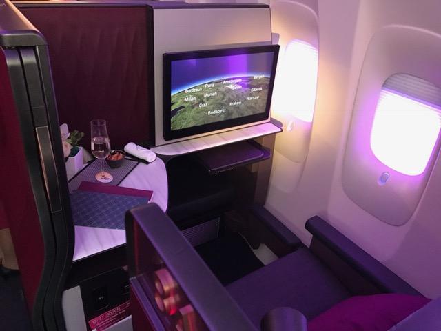Qatar business class suite A350-900 review