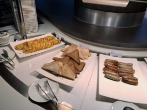 Skyteam lounge heathrow review