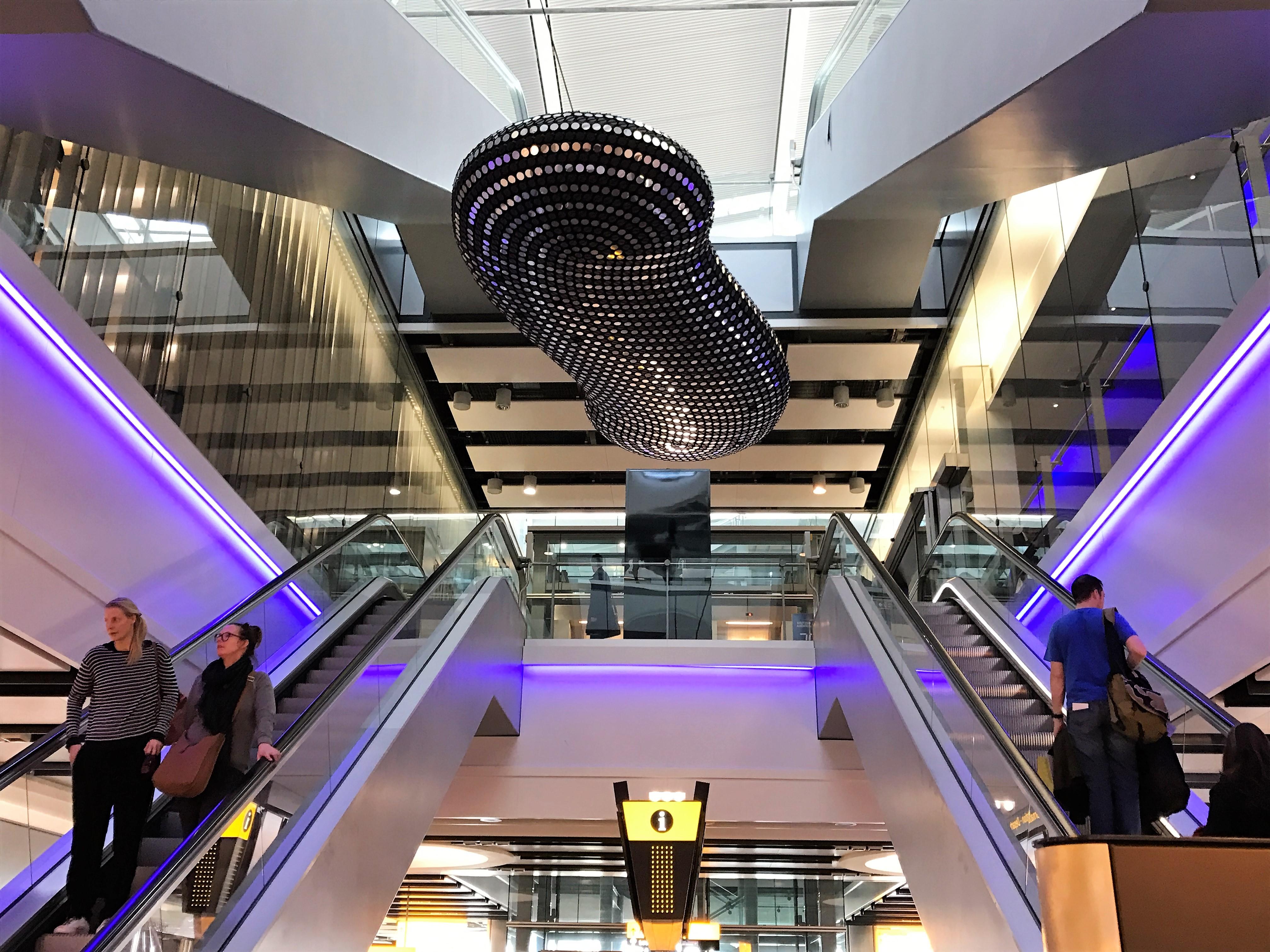 BA Heathrow T5 club lounge review