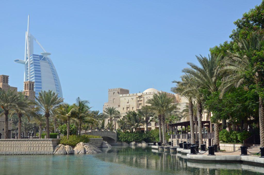 Dubai cheap business class