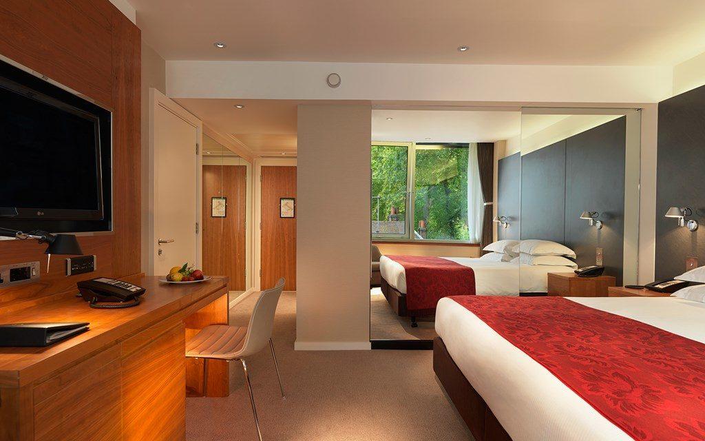 Royal Garden Hotel review