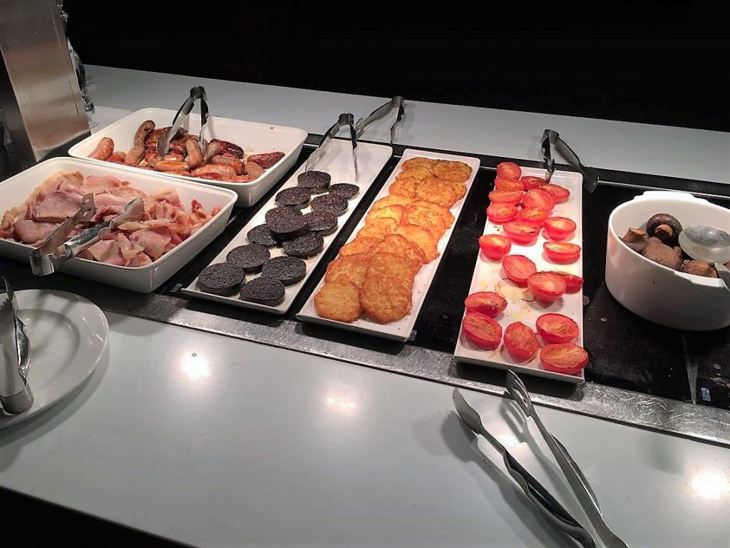 BA First lounge T3 review