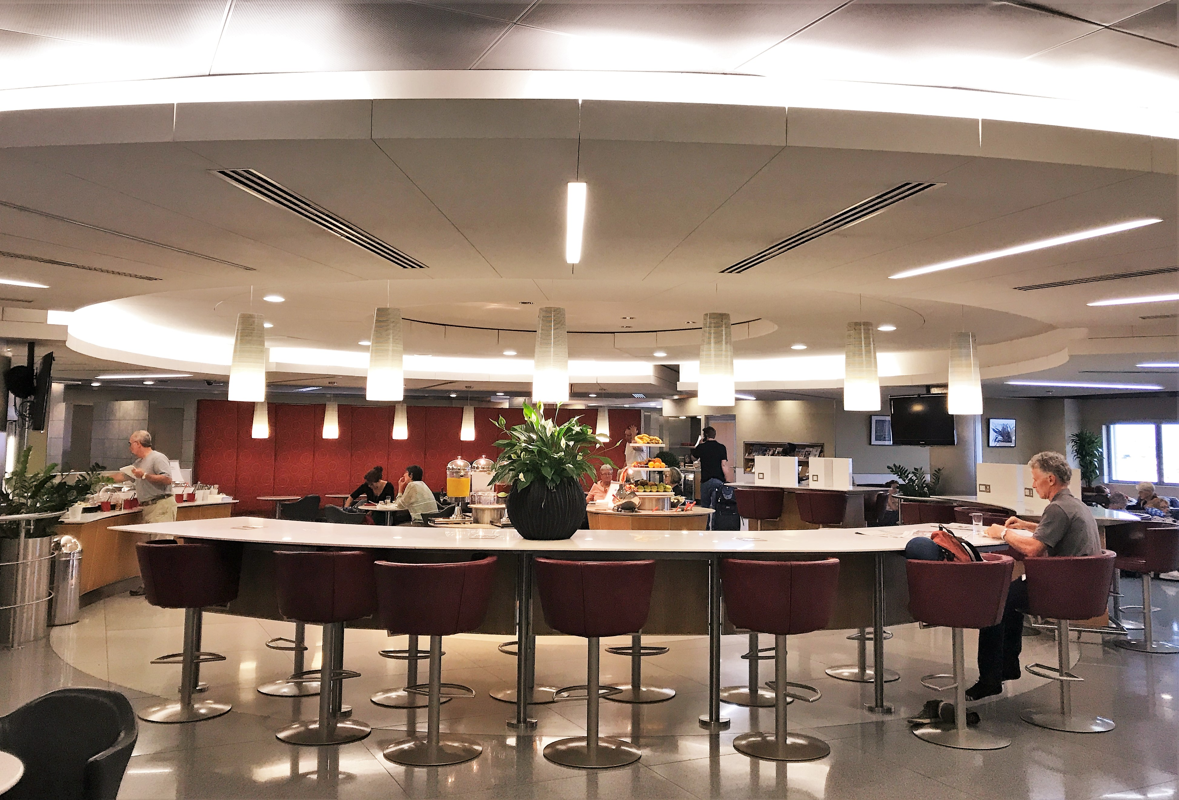 Ba Lounge Terminal 3 >> American Airlines First & Business lounges London Heathrow ...