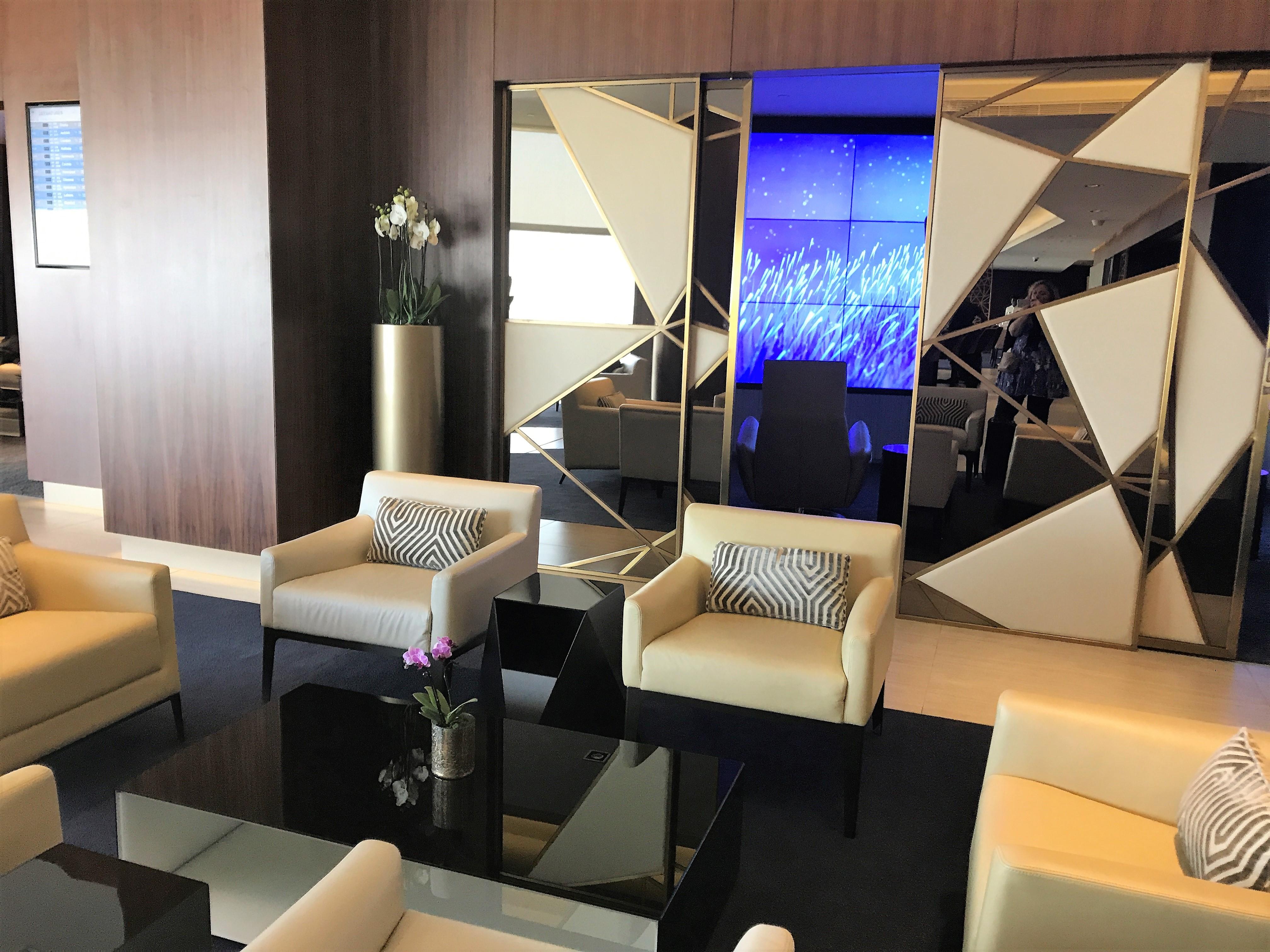 Etihad First class lounge Abu Dhabi review