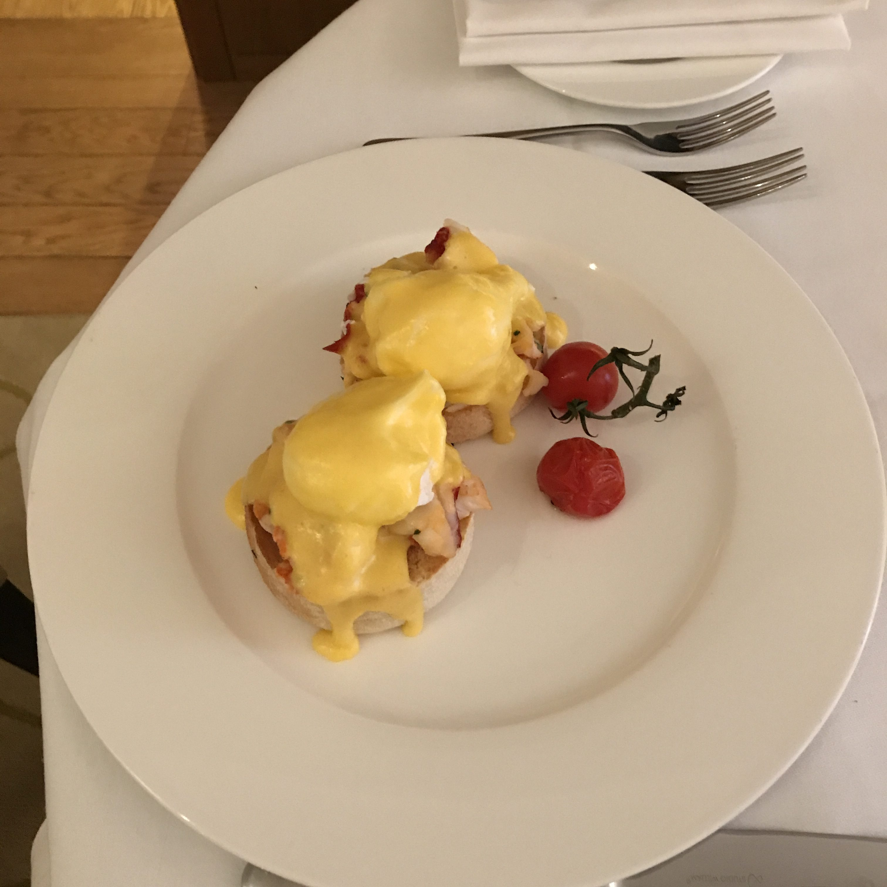 Corinthia Hotel London review room service