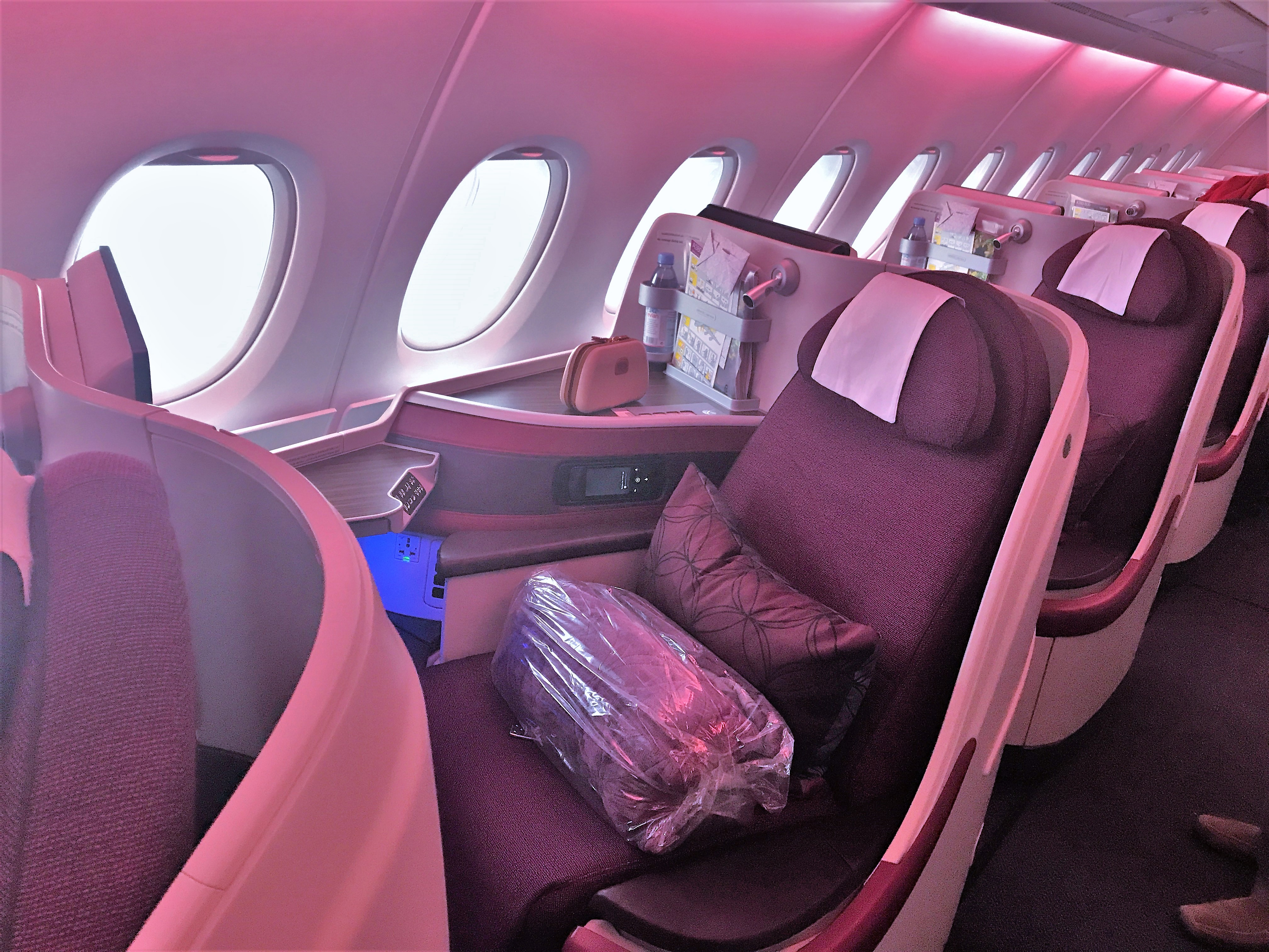 Qatar Airways A380 business class review seat