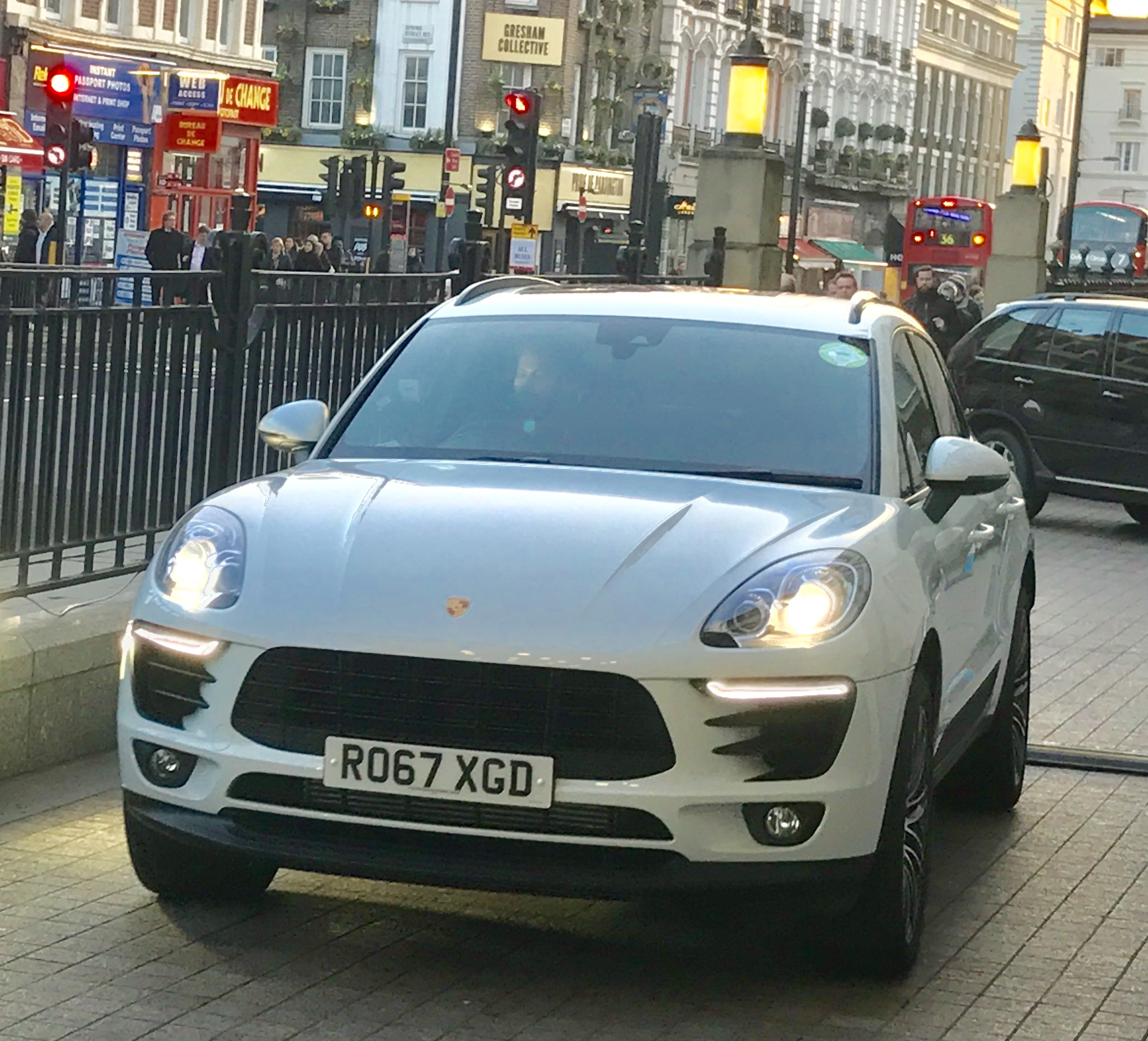 Gett Porsche taxi arrives for review