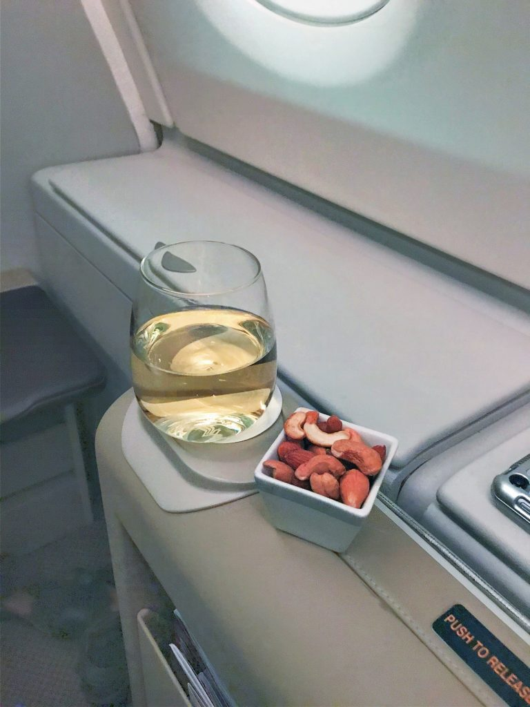 Singapore Airlines A380 business class review silverkris lounge