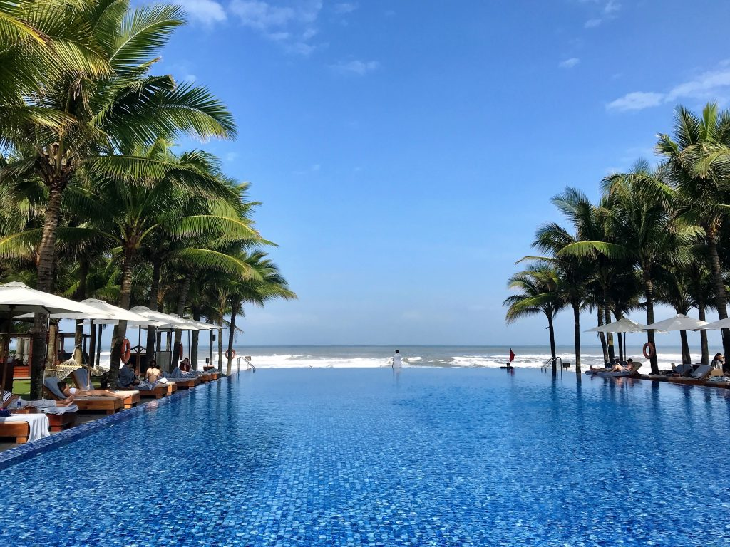 Naman Retreat DaNang review infinity pool