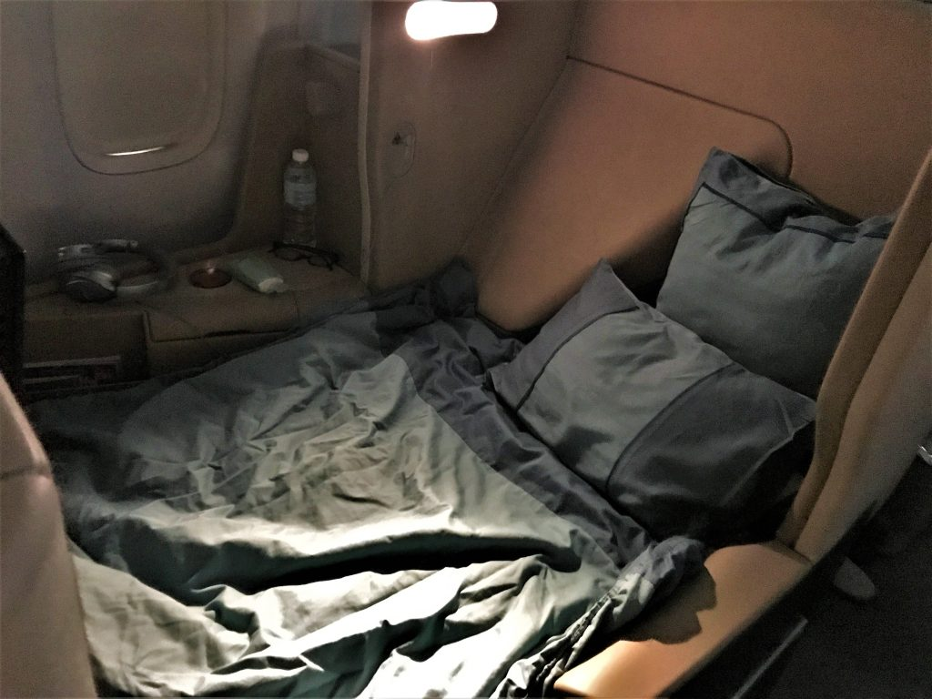 Singapore Airlines B777 business class review seat in bed mode