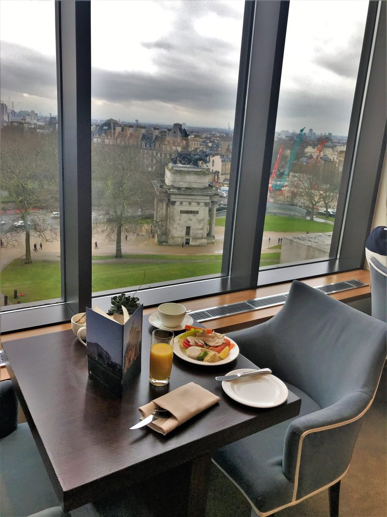 Intercontinental London Park Lane review Club breakfast with a view
