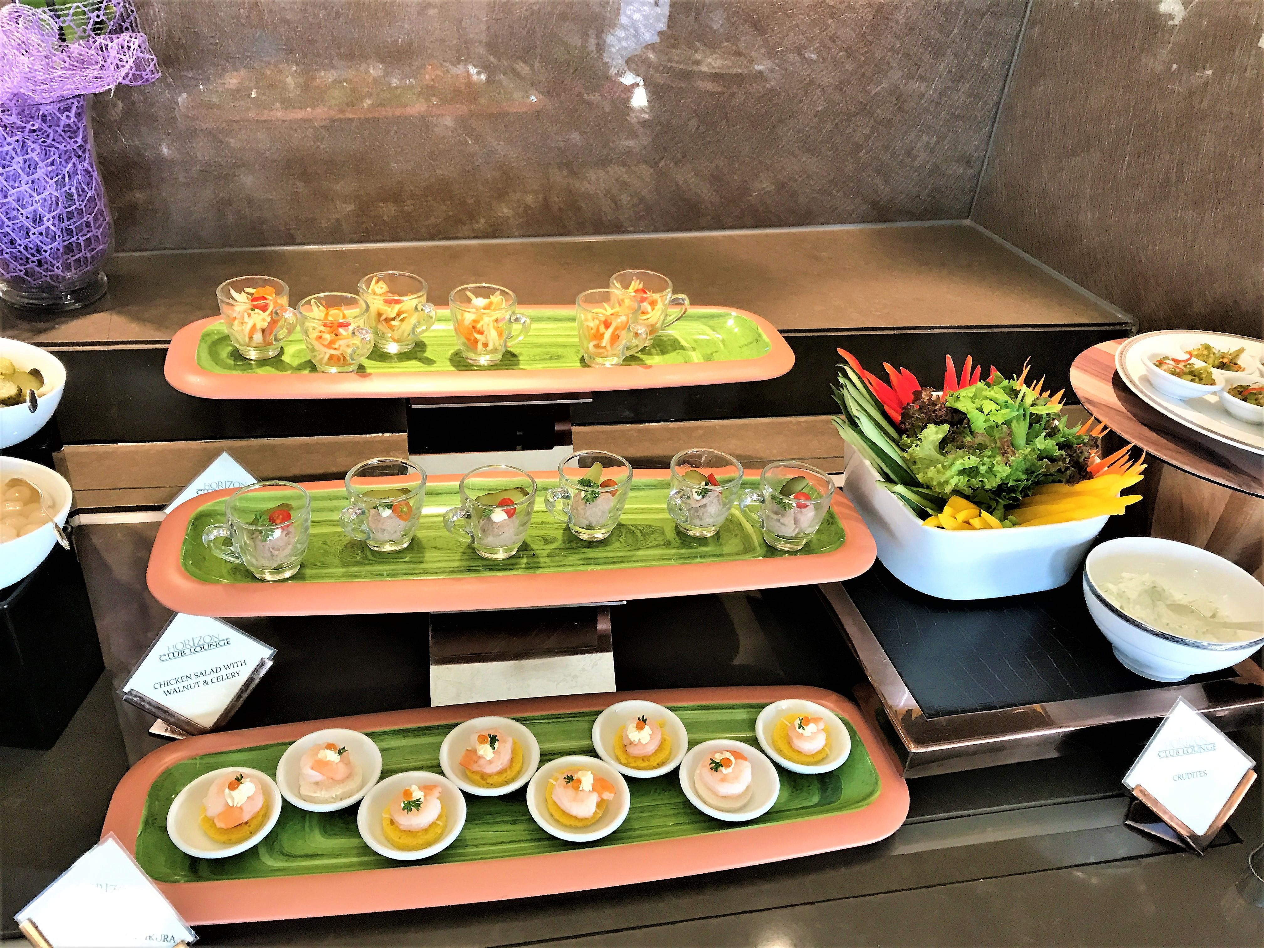 Shangri-La Hotel Bangkok review canapes