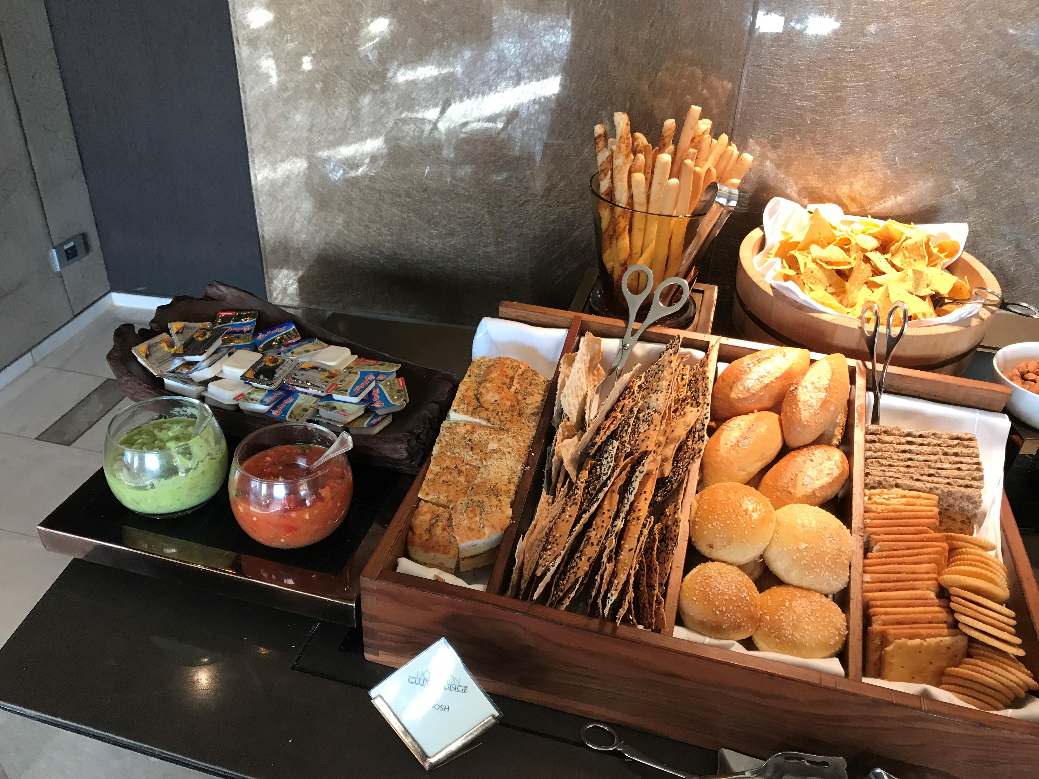 Shangri-La Hotel Bangkok review bread