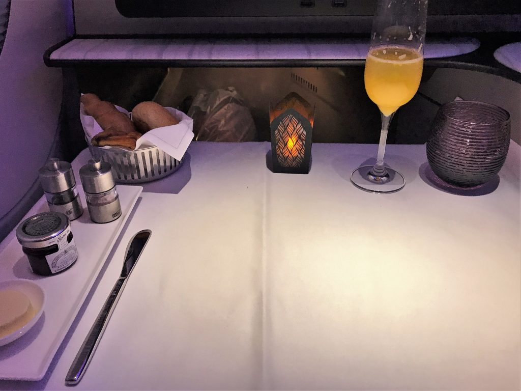 Qatar Airways QSuites A350-900 business class review