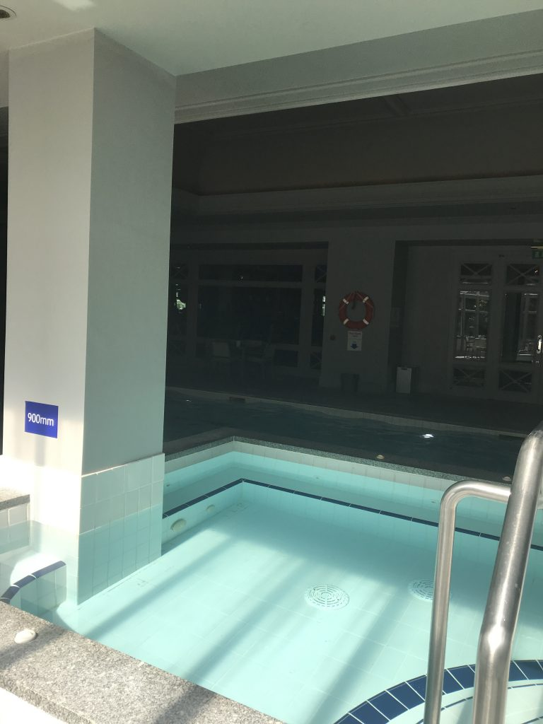 InterContinental Hotel Dublin review jacuzzi