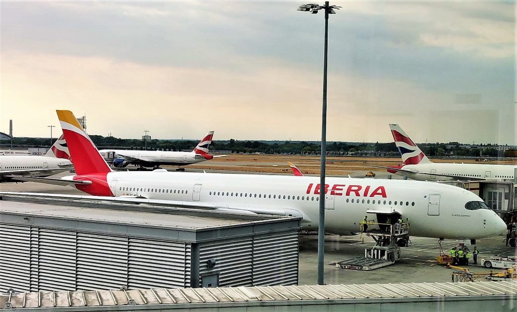 Iberia A350-900 business class review
