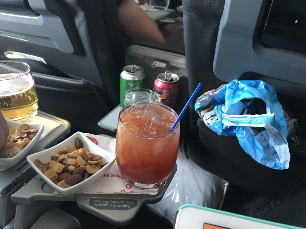 American Airlines First to Los Angeles-Honolulu domestic review bloody mary