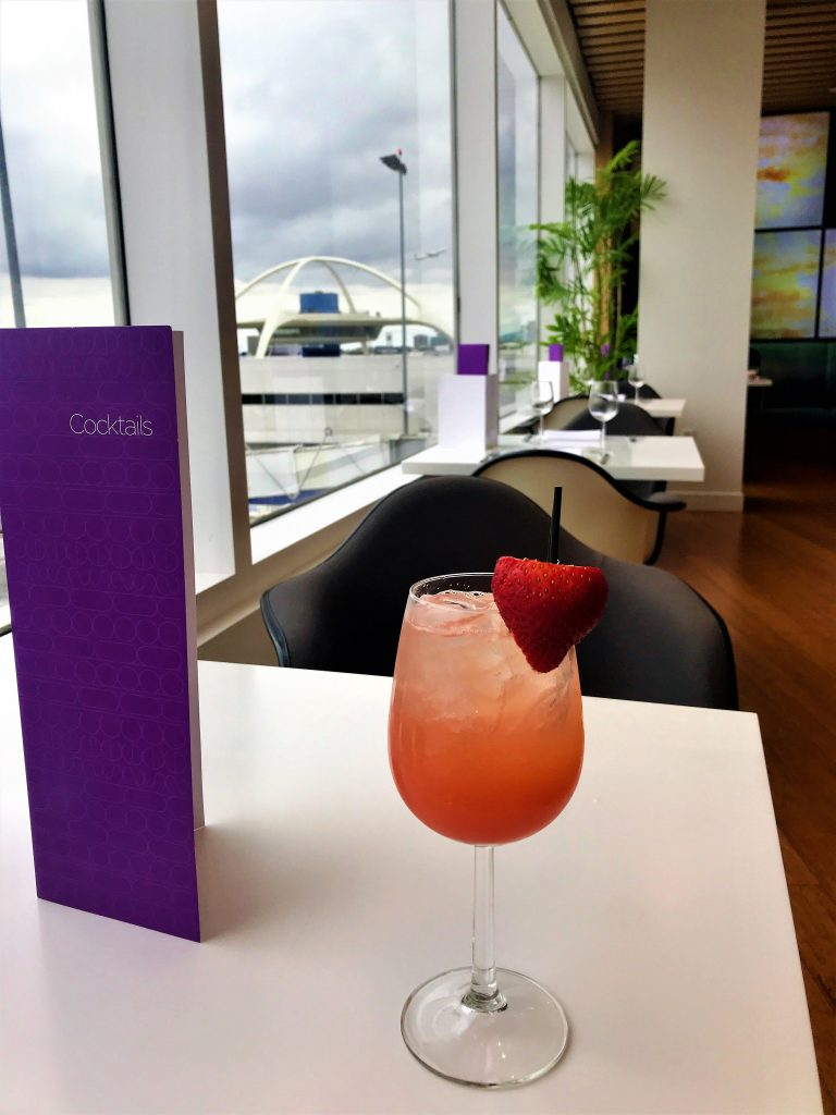 Virgin Atlantic B787 Upper Class night flight review cocktail