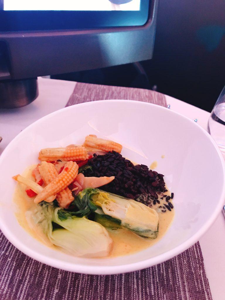 Virgin Atlantic B787 Upper Class night flight review thai curry