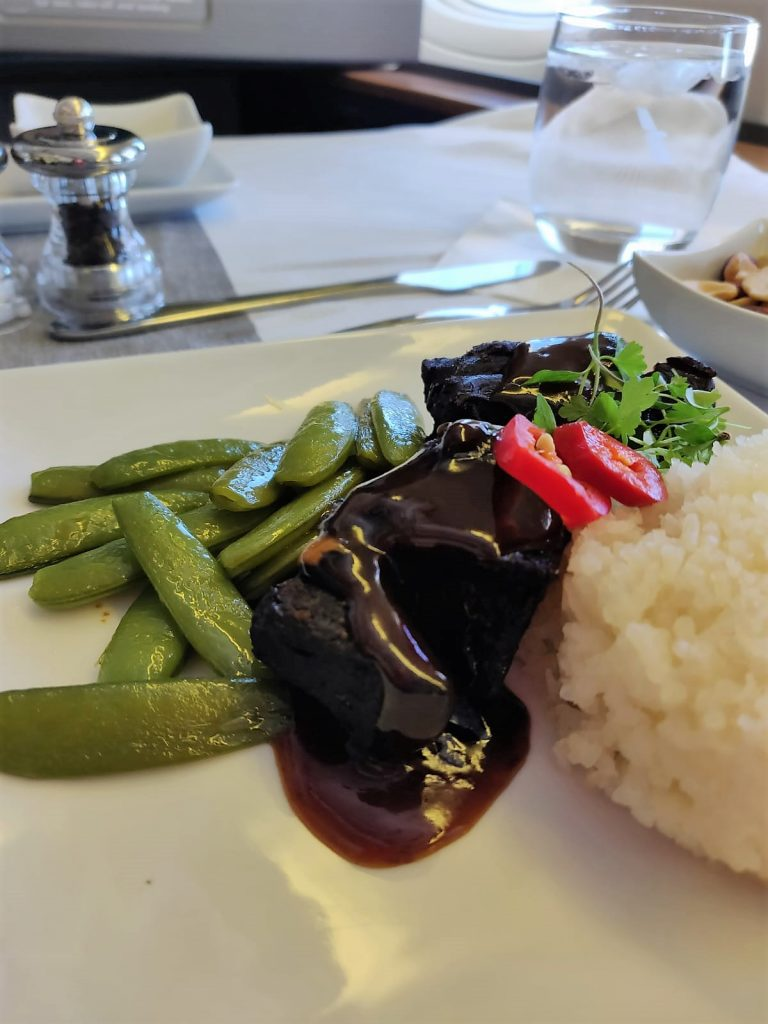 American Airlines International First Class B777-300ER beef cheeks