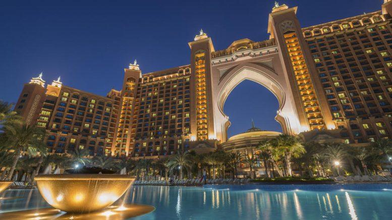 Atlantis The Palm Hotel Dubai Review Turning Left For Less