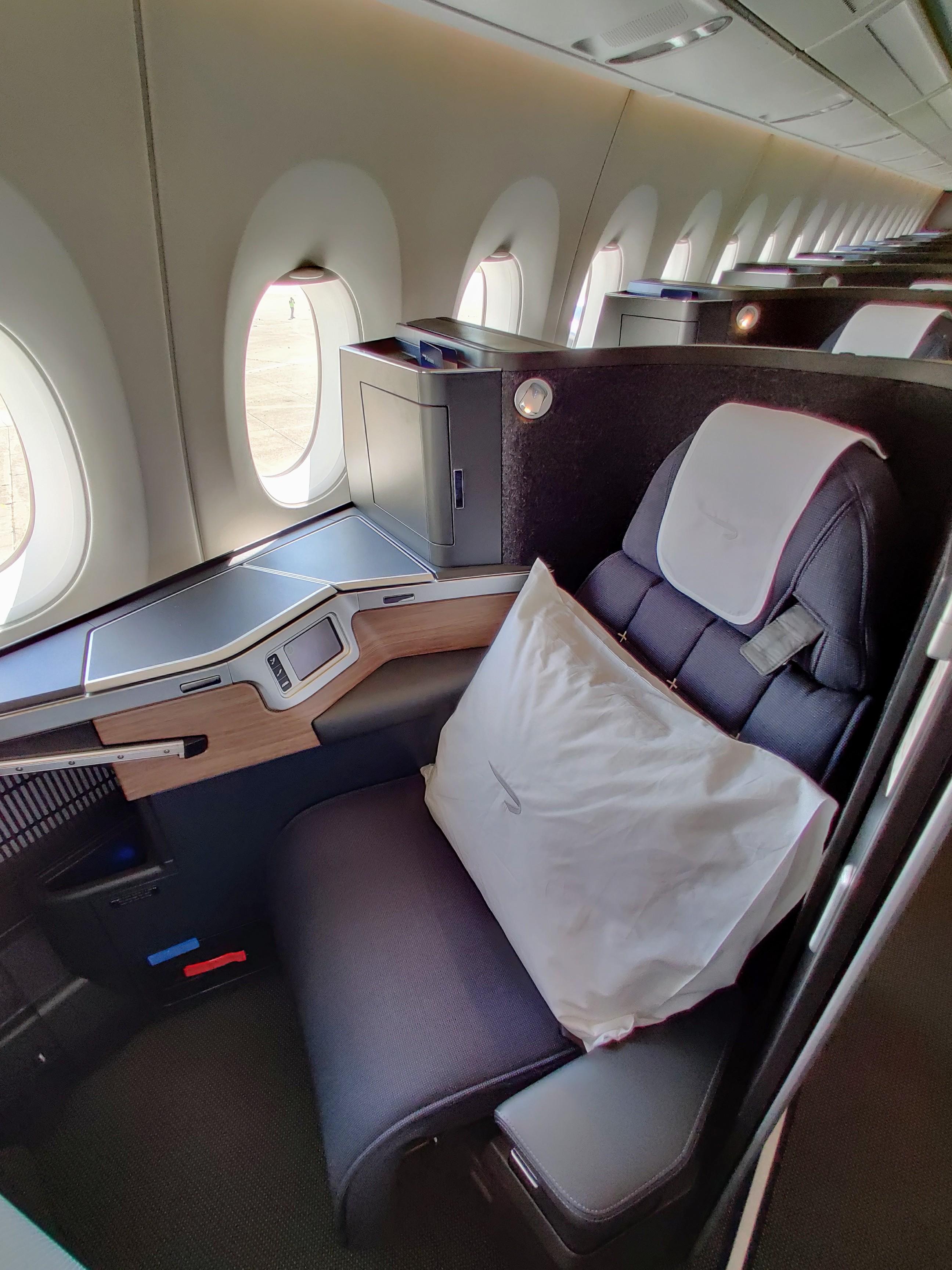 BA A350 Club Suite