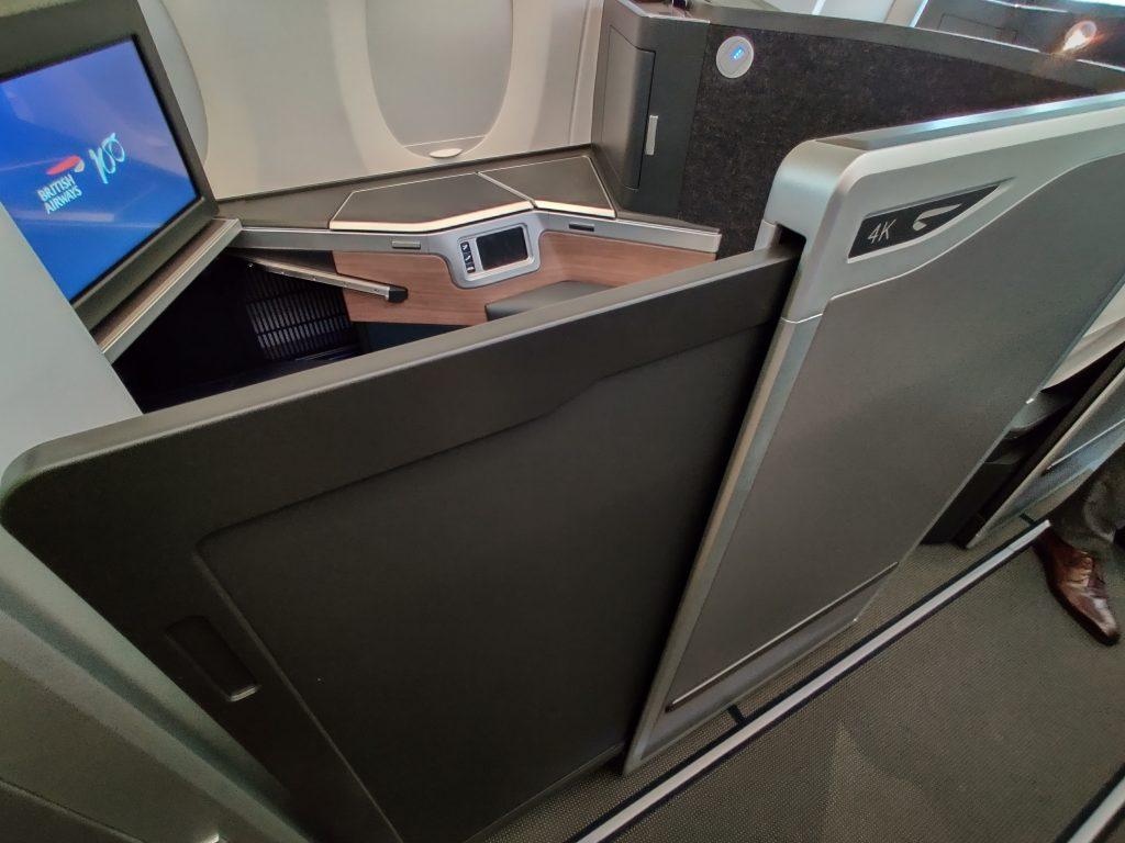 BA A350 door