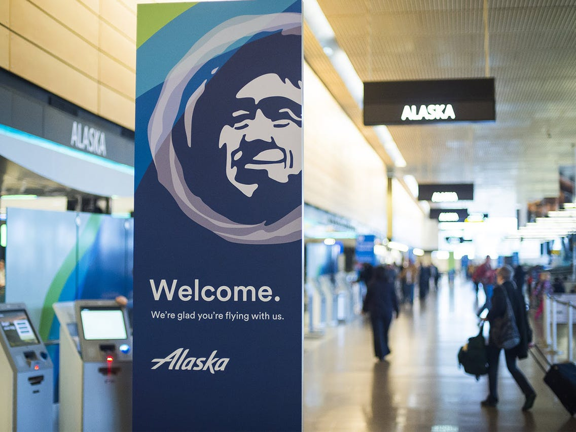 image of the Alaska boarding gate in airport