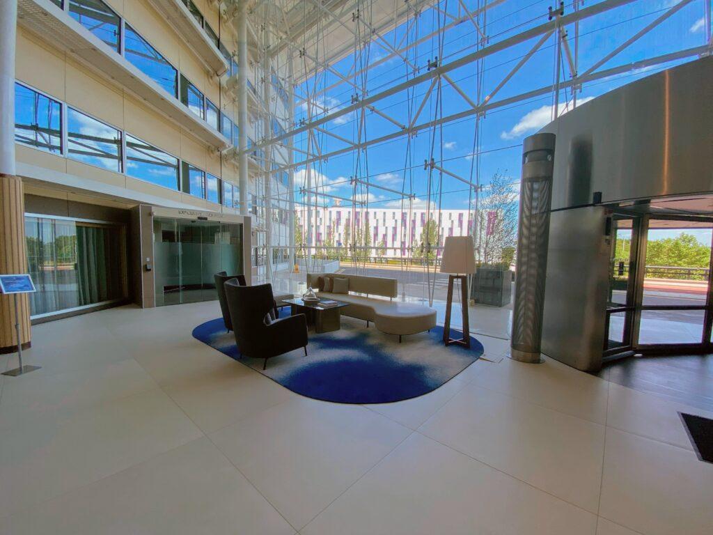 Entrance to Hilton HeathrowT4