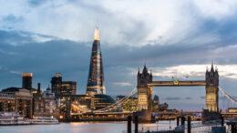 Shangri-La Hotel, At The Shard, London, Iconic Hotel Shot, Tower Bridge and The Shard