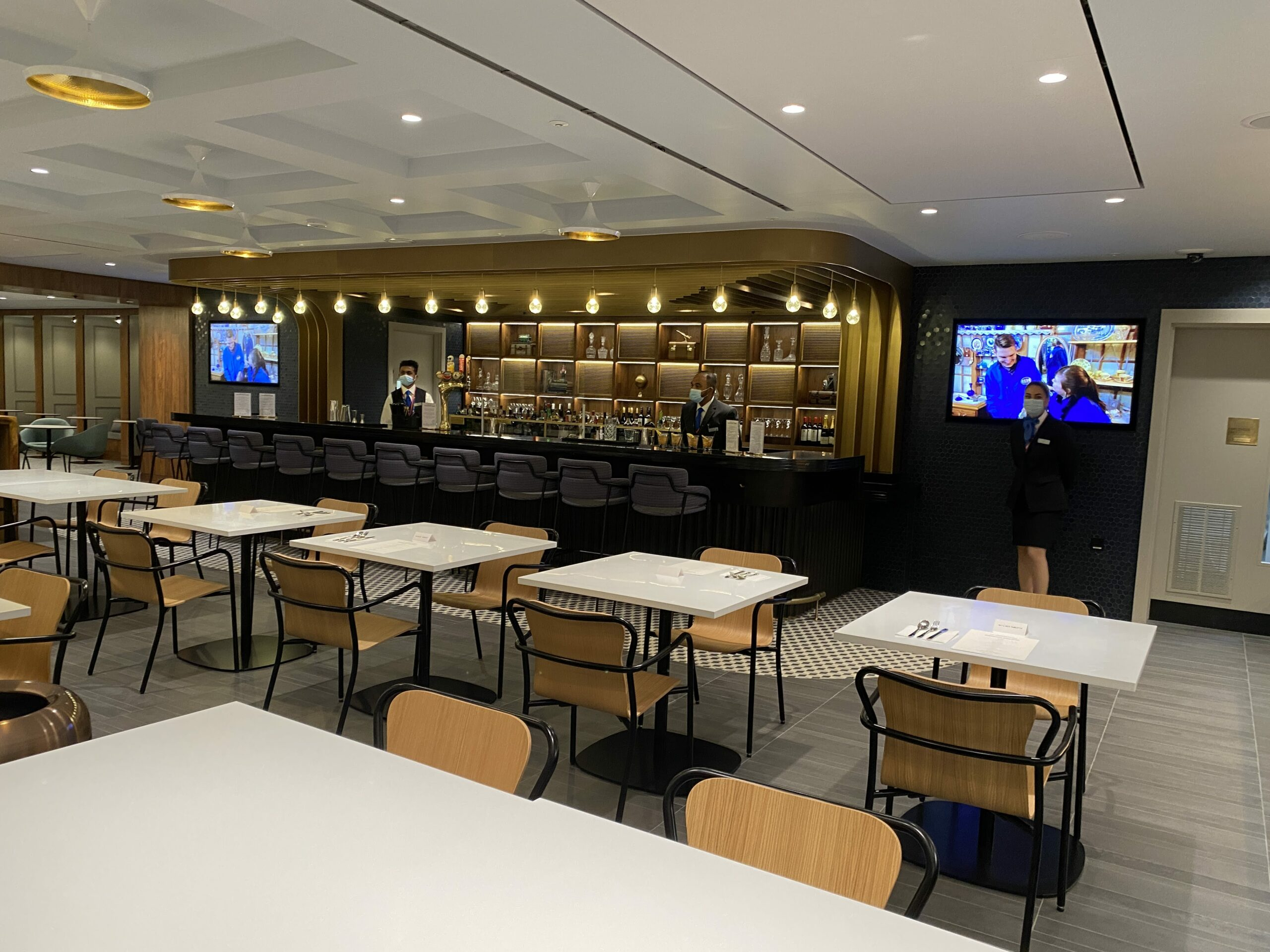 American Express New Centurion Lounge at London Heathrow T3 bar and restaurant
